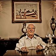 PORTRAITS OF SURVIVORS AND IMMIGRANTS <br /> Inmigrante Judio Marroquie / Immigrant Moroccan Jews<br /> Photography by Aaron Sosa<br /> Caracas - Venezuela 2010<br /> (Copyright © Aaron Sosa)