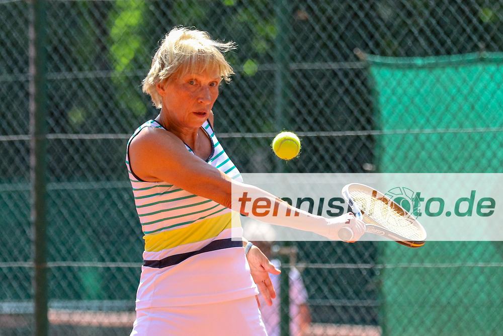 Katrin Dippner (TC 1899 Blau-Weiss Berlin), 16. Grün-Weiß Nikolassee Seniorenturnier, Berlin, 21.05.2018, Foto: Claudio Gärtner