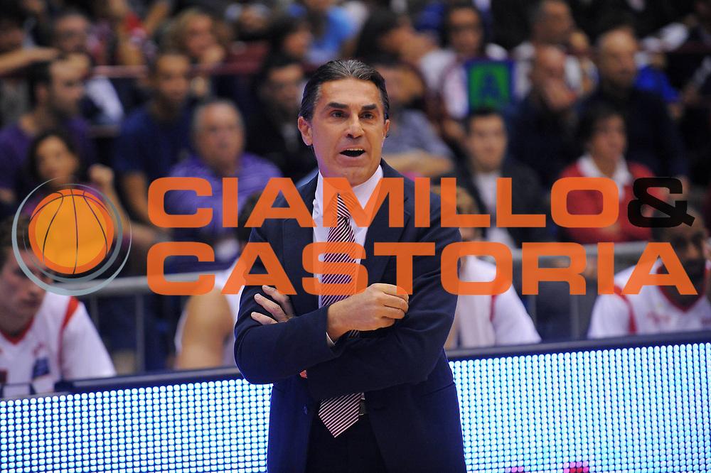 DESCRIZIONE : Milano Lega A 2011-12 EA7 Emporio Armani Milano Cimberio Varese<br /> GIOCATORE : Coach Sergio Scariolo<br /> CATEGORIA : Ritratto<br /> SQUADRA : EA7 Emporio Armani Milano<br /> EVENTO : Campionato Lega A 2011-2012<br /> GARA : EA7 Emporio Armani Milano Cimberio Varese<br /> DATA : 09/10/2011<br /> SPORT : Pallacanestro<br /> AUTORE : Agenzia Ciamillo-Castoria/A.Dealberto<br /> Galleria : Lega Basket A 2011-2012<br /> Fotonotizia : Milano Lega A 2011-12 EA7 Emporio Armani Milano Cimberio Varese<br /> Predefinita :