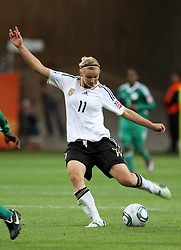 30.06.2011, Commerzbank Arena, Frankfurt, GER, FIFA Women Worldcup 2011, Gruppe A, Deutschland (GER) vs. Nigeria (NGA), im Bild .Alexandra Popp (GER)  .// during the FIFA Women Worldcup 2011, Pool A, Germany vs Nigeria on 2011/06/30, Commerzbank Arena, Frankfurt, Germany.  EXPA Pictures © 2011, PhotoCredit: EXPA/ nph/  Karina Hessland       ****** out of GER / CRO  / BEL ******
