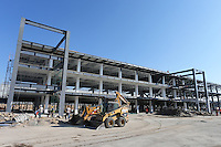 Pit Building Construction.<br /> Autodromo Hermanos Rodriguez Circuit Visit, Mexico City, Mexico. Thursday 22nd January 2015.