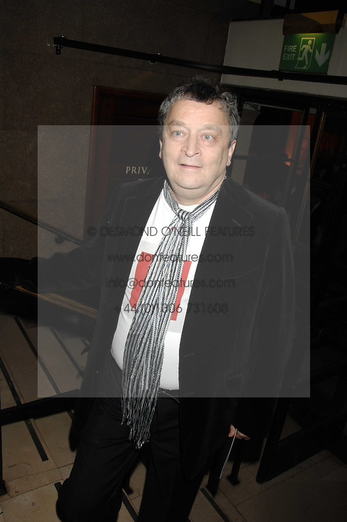 SIR NORMAN ROSENTHAL at 'Figures of Speech' a fundraising gala dinner in aid of the ICA held at the Lawrence Hall, Greycoat Street, London on 27th February 2008.<br /><br />NON EXCLUSIVE - WORLD RIGHTS