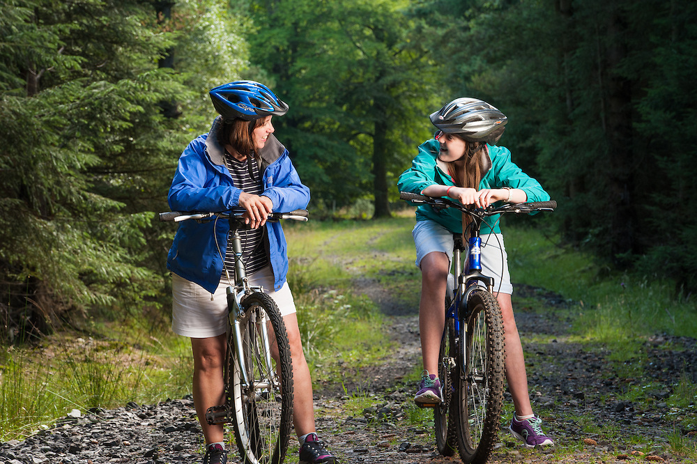 Family cycling in FCS woodland