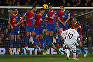 Wayne Rooney of Manchester United puts his free-kick wide during the Barclays Premier League match at Selhurst Park, London<br /> Picture by David Horn/Focus Images Ltd +44 7545 970036<br /> 22/02/2014