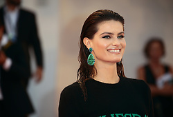 Isabeli Fontana walks the red carpet ahead of the 'The Shape Of Water' screening during the 74th Venice Film Festival in Venice, Italy, on August 31, 2017. (Photo by Matteo Chinellato/NurPhoto/Sipa USA)