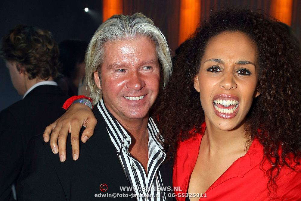 NLD/Rotterdam/20071025 - Premiere Romanza, Holiday on Ice, Dries Roelvink en Glennis Grace