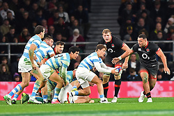 November 11, 2017 - London, United Kingdom - England's Ellis Genge and Joe Launchbury watch over Argentina's Gonzalo Bertranou during Old Mutual Wealth Series between England against Argentina at Twickenham stadium , London on 11 Nov 2017  (Credit Image: © Kieran Galvin/NurPhoto via ZUMA Press)