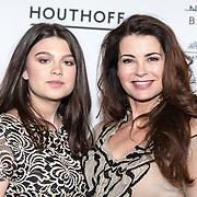 NLD/Amsterdam/20190316  - Premiere balletvoorstelling Het Zwanenmeer, Caroline de Bruijn met haar dochter Solane de Vogel