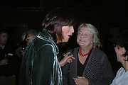Janet Street-Porter and Lynn Barber, Turner Prize 2006 private view of an exhibition of work by this year's shortlist (Rebecca Warren, Tomma Abts, Phil Collins and Mark Titchner) for visual arts prize. Tate Brittain. London 3 October 2006. -DO NOT ARCHIVE-© Copyright Photograph by Dafydd Jones 66 Stockwell Park Rd. London SW9 0DA Tel 020 7733 0108 www.dafjones.com