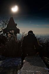 04.01.2011, Graz, AUT, Chronik, Partielle Sonnenfinsternis ueber Graz // partial solar eclipse above Graz on 01/04/2011, EXPA Pictures © 2011, PhotoCredit: EXPA/ Erwin Scheriau