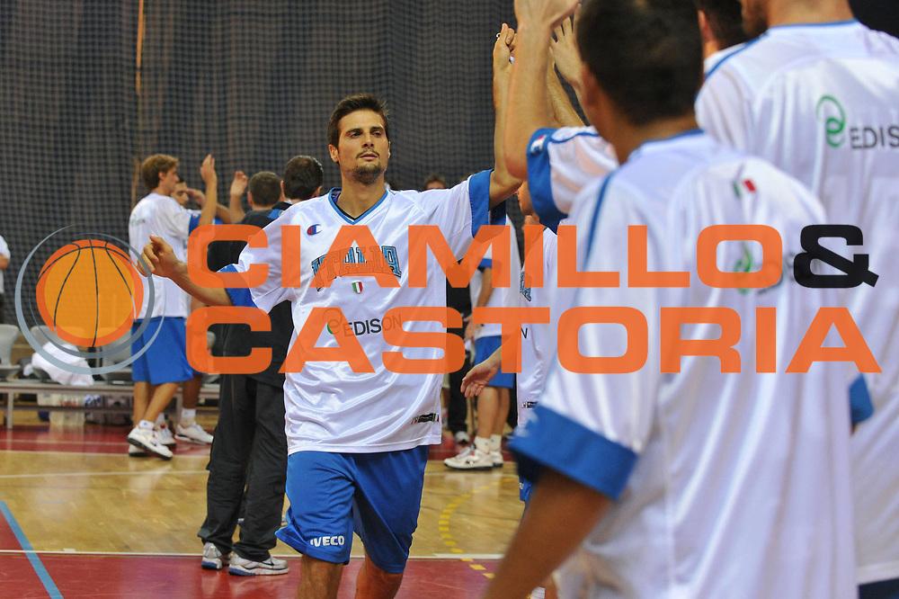 DESCRIZIONE : Porec Amichevole Croazia Italia<br /> GIOCATORE : andrea cinciarini<br /> CATEGORIA : presentazione<br /> SQUADRA : Nazionale Italia Maschile<br /> EVENTO : Amichevole Italia Croazia<br /> GARA : Italia Croazia<br /> DATA : 09/08/2012<br /> SPORT : Pallacanestro<br /> AUTORE : Agenzia Ciamillo-Castoria/C.De Massis<br /> Galleria : FIP Nazionali 2012<br /> Fotonotizia :  Trieste Amichevole Croazia Italia<br /> Predefinita :