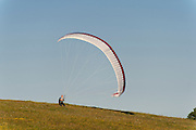 Paraglider bei Weimar, Thüringen, Deutschland | paraglider near Weimar, Thuringia, Germany