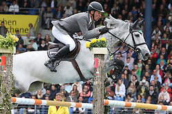 31.05.2015, Aachener Soers, Aachen, GER, CHIO Aachen 2015, im Bild Ludger Beerbaum (GER) mit seinem Pferd Chiara // during the CHIO Aachen 2015 World Equestrian Festival at the Aachener Soers in Aachen, Germany on 2015/05/31. EXPA Pictures © 2015, PhotoCredit: EXPA/ Eibner-Pressefoto/ Roskaritz<br /> <br /> *****ATTENTION - OUT of GER*****