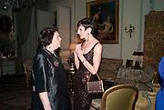 SUSY MENKES; AMY FINE COLLINS, Dinner for Jacqueline de Ribes after Legion d'honneur award. 50 Rue de la Bienfaisance. Paris.