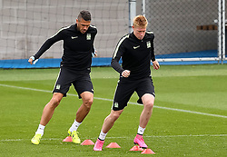 Martin Demichelis warms up with Kevin de Bruyne of Manchester City during the training session at the Etihad Stadium ahead of the UEFA Champions League group D match against Juventus - Mandatory byline: Matt McNulty/JMP - 07966386802 - 14/09/2015 - FOOTBALL - Etihad Stadium -Manchester,England - UEFA Champions League