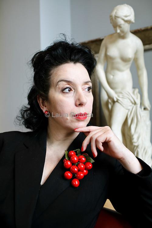 Melina Sadi, aussi appelee La Baronne de Paname. A la Rotonde, Paris, le 25 avril 2012.