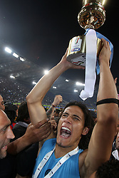 20.05.2012, Stadio Olympico, Rom, ITA, TIM Cup, Juventus Turin vs SSC Neapel, Finale, im Bild Esultanza di Edinson Cavani con la Tim Cup // during the final football match of Italian TIM Cup between Juventus Turin and SSC Neapel at Stadio Olympico, Rome, Italy on 2012/05/20. EXPA Pictures © 2012, PhotoCredit: EXPA/ Insidefoto/ Paolo Nucci..***** ATTENTION - for AUT, SLO, CRO, SRB, SUI and SWE only *****