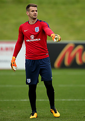 England's Tom Heaton points - Mandatory by-line: Matt McNulty/JMP - 29/08/2017 - FOOTBALL - St George's Park National Football Centre - Burton-upon-Trent, England - England Training and Press Conference
