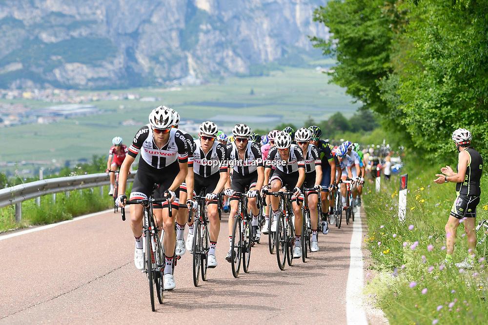 Foto LaPresse - Fabio Ferrari<br /> 24/05/2017 Canazei (Val di Fassa) (Italia)<br /> Sport Ciclismo<br /> Giro d'Italia 2017 - 100a edizione -  Tappa 17 - da Tirano a Canazei (Val di Fassa) -  219 km ( 136 miglia )<br /> Nella foto:durante la gara<br /> <br /> Photo LaPresse - Fabio Ferrari<br /> May 24, 2017 Canazei (Val di Fassa) ( Italy ) <br /> Sport Cycling<br /> Giro d'Italia 2017 - 100th edition -  Stage 17  - Tirano to Canazei (Val di Fassa) - 219 km ( 136 miles )<br /> In the pic:during the race
