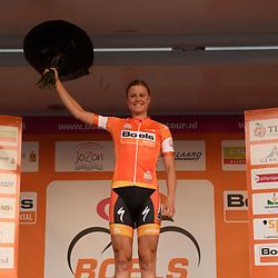 30-08-2016: Wielrennen: Ladies Tour: Tiel      <br /> TIEL (NED) wielrennen    <br /> De Boels Ladies Tour begon met een etappe door de Betuwe<br /> DIDERIKSEN Amalie (Boels Dolmans Cyclingteam) wint de etappe en staat 1e in het algemeen klassement