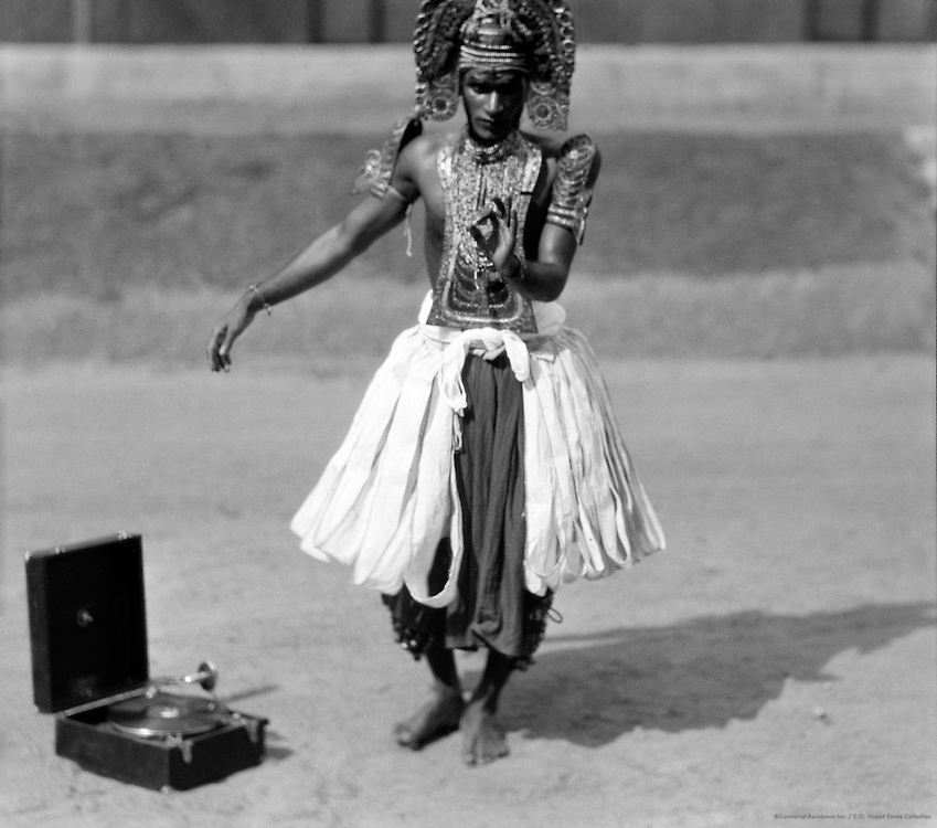 Ottan Thullal Dancer, Trivandrum, India, 1929