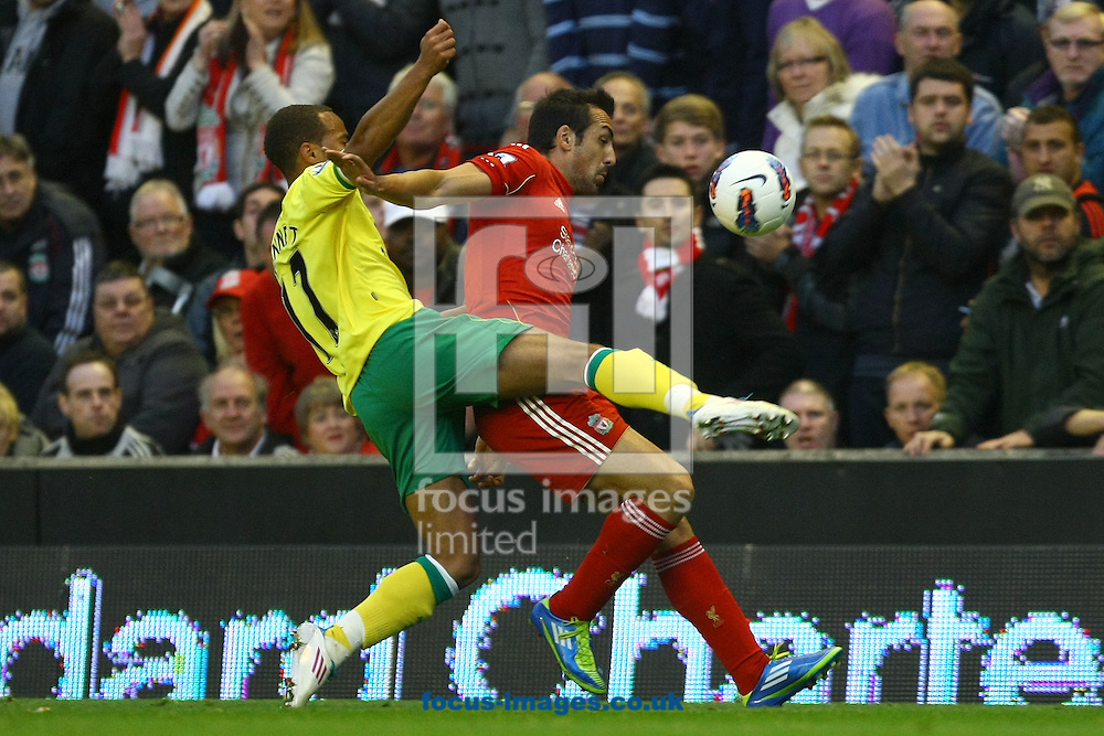 Picture by Paul Chesterton/Focus Images Ltd.  07904 640267.22/10/11.Elliott Bennett in action during the Barclays Premier League match at Anfield, Liverpool