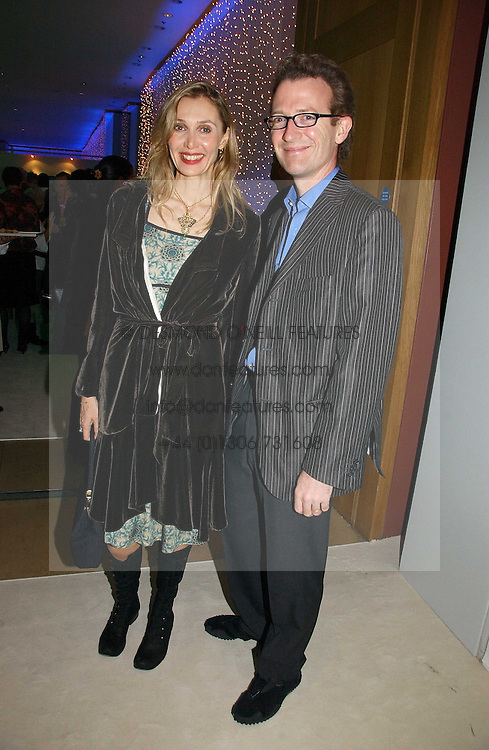 ASHLEY &amp; ALLEGRA HICKS at an exhibition of David Hockney portraits at the National Portrait Gallery sponsored by Burberry on 11th October 2006.<br /><br />NON EXCLUSIVE - WORLD RIGHTS
