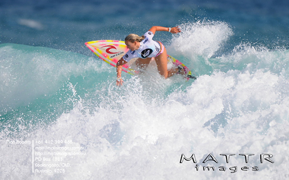 Gold Coast, Australia - March 5: Jessi Miley-Dyer 12.97pts went down to Hawaiian Melanie Bartels 13.23pts during round 3 of the Roxy Pro Gold Coast 2010 at Snapper Rocks on the Gold Coast, March 5, 2010 Photo by Matt Roberts/MATTRimages.com.au | Image ID: MTR_0111.jpg