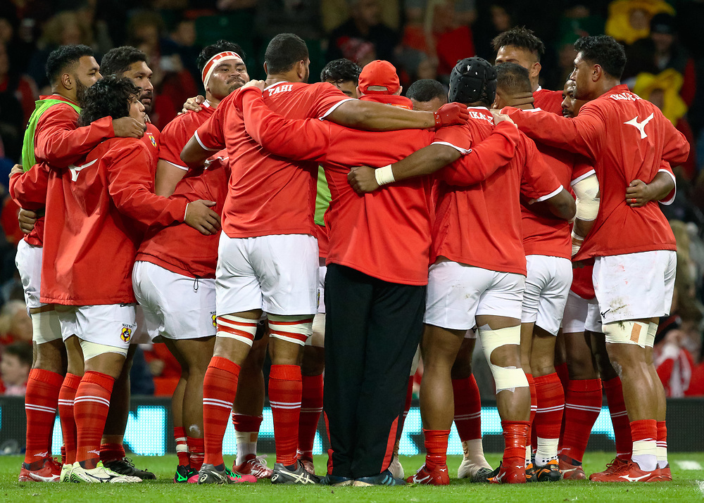 Tonga players huddle during the pre match warm up<br /> <br /> Photographer Simon King/Replay Images<br /> <br /> Under Armour Series - Wales v Tonga - Saturday 17th November 2018 - Principality Stadium - Cardiff<br /> <br /> World Copyright © Replay Images . All rights reserved. info@replayimages.co.uk - http://replayimages.co.uk
