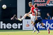 ALKMAAR - 23-08-15, AZ - Willem II, AFAS Stadion, 0-0, AZ speler Jeffrey Gouweleeuw (l), Willem II speler Richairo Zivkovic.