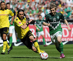 07.05.2011, Weserstadion, Bremen, GER, 1.FBL, Werder Bremen vs Borussia Dortmund, im Bild Neven Subotic (Dortmund #4, links), Marko Marin (Bremen #10, rechts)   EXPA Pictures © 2011, PhotoCredit: EXPA/ nph/  Frisch       ****** out of GER / SWE / CRO  / BEL ******