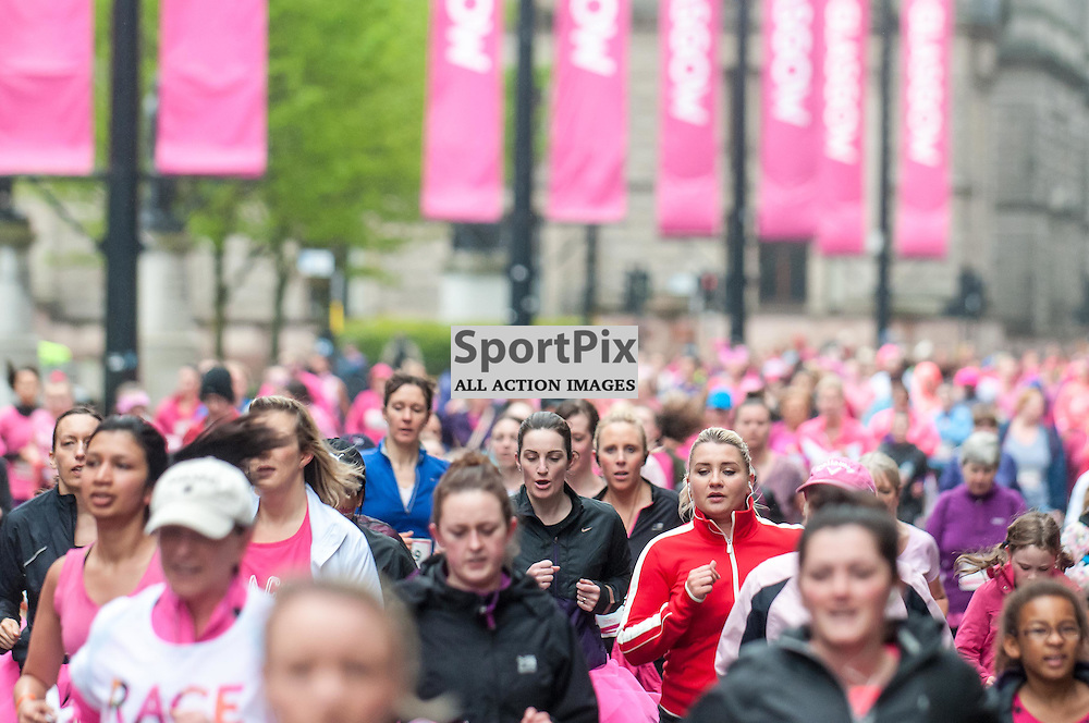 Action from Race for Life in Glasgow City Centre, 10 May 2015. (c) Paul J Roberts / Sportpix.org.uk