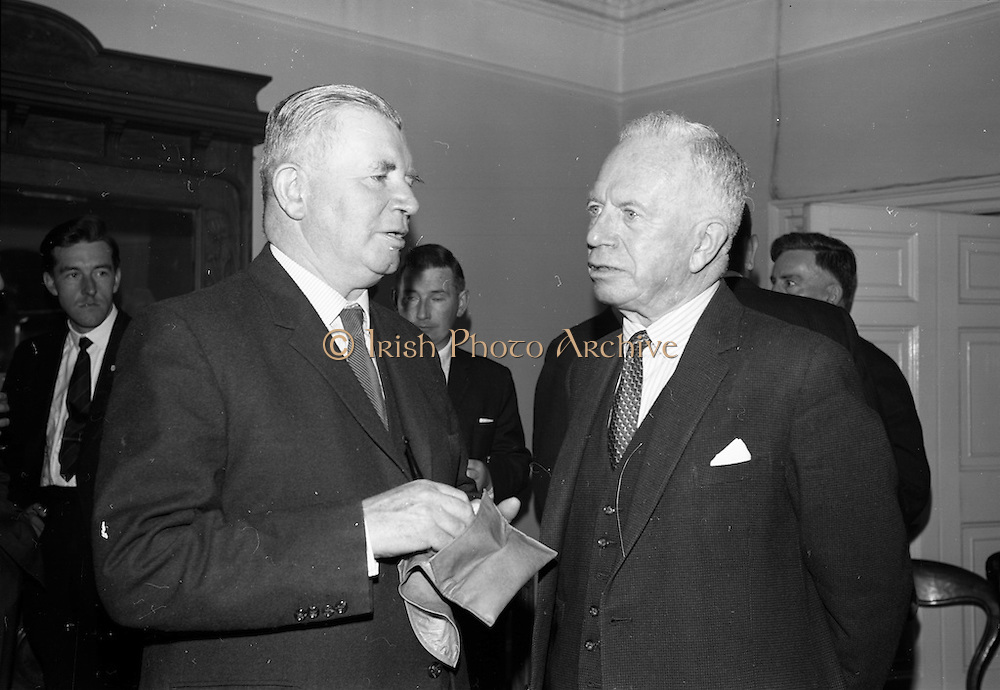 2/06/1965<br /> 06/22/1965<br /> 22 June 1965<br /> Launching new bulk guar delivery service By the Irish Sugar Co. at McGrath Brothers, Dublin. Picture shows Lieutenant General Michael Costello, General Manager of Irish Sugar Co. and Mr. Percy McGrath, Director, McGrath Bros.