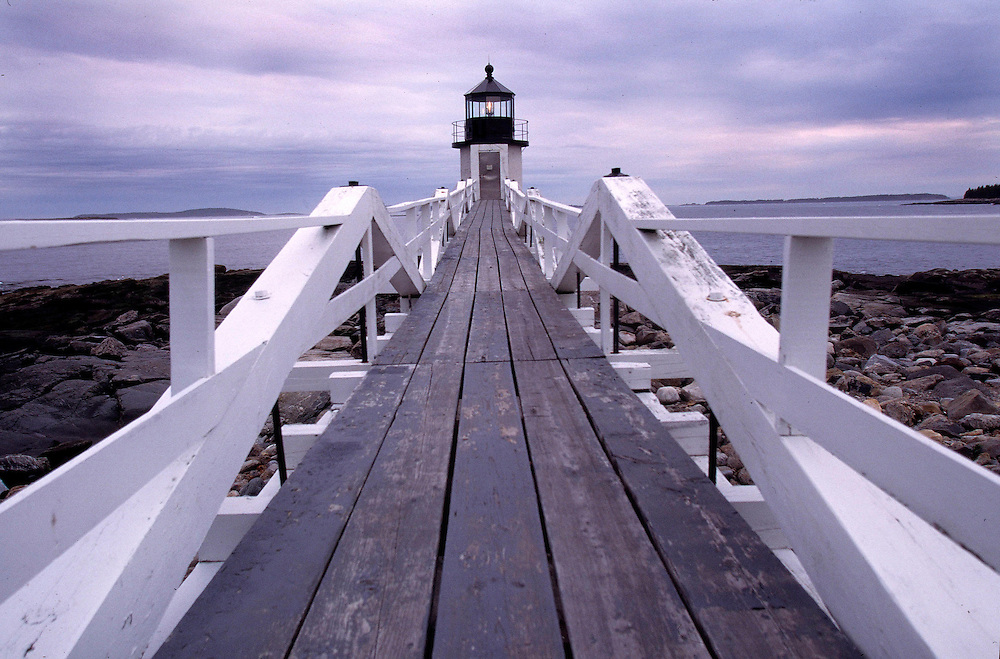Scenic photo of a lighthouse in Maine.