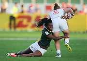DUBAI, UNITED ARAB EMIRATES - Thursdays 30 November 2017, Veroeshka Grain of South Africa tackles Leyla Alev Kelter of the USA during HSBC Emirates Airline Dubai Rugby Sevens match between South Africa and the USA at The Sevens Stadium in Dubai.<br /> Photo by Roger Sedres/ImageSA