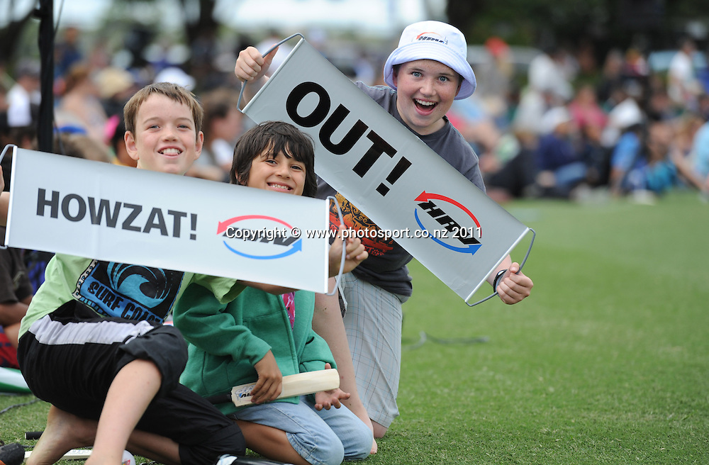 Cricket fans during the HRV Twenty20 Cricket Final between the Auckland Aces and Canterbury Wizards at Colin Maiden Oval in Auckland, New Zealand on Sunday 22 January 2012. Photo: Andrew Cornaga/Photosport.co.nz
