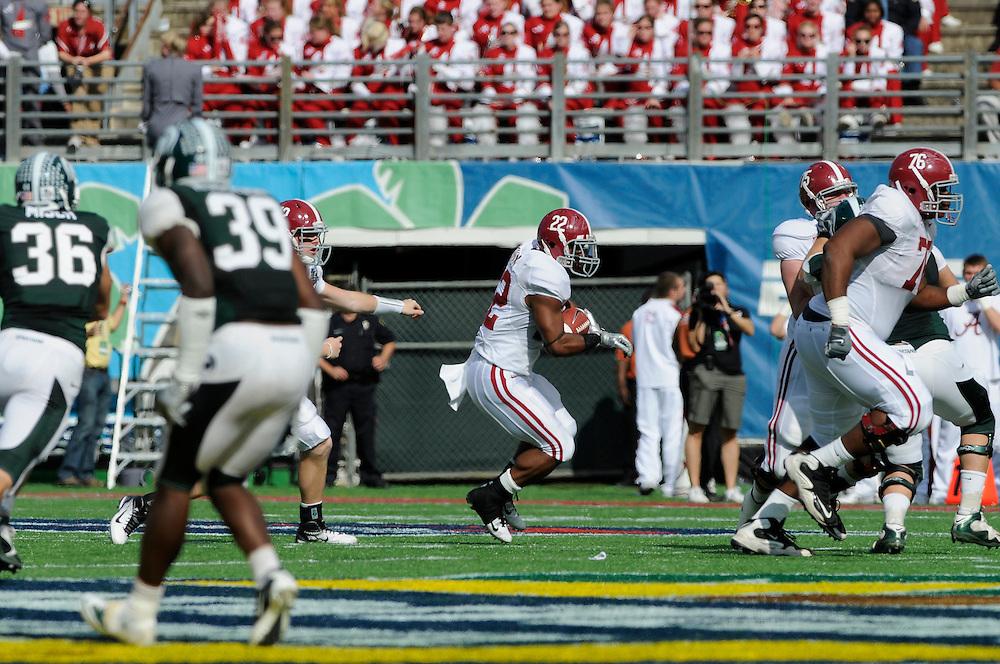 January 1, 2011: Michigan State Spartans vs Alabama Crimson Tide at the 2011 Capital One Bowl in Orlando, Florida.