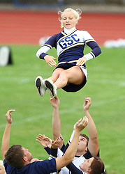 27.07.2010, Wetzlar Stadion, Wetzlar, GER, Football EM 2010, Team France vs Team Great Britain, im Bild Stunt der Cheerleader,  EXPA Pictures © 2010, PhotoCredit: EXPA/ T. Haumer