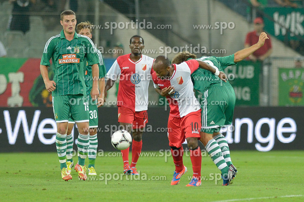 09.08.2012, Gerhard Hanappi Stadion, Wien, AUT, UEFA EL, Rueckspiel, SK Rapid Wien (AUT) vs FK Vojvodina Novi Sad (SRB), im Bild Kampf um den Ballbesitz, Almami Moreira (FK Vojvodina Novi Sad, #10) vs Markus Heikkinen (SK Rapid Wien, #8), Christopher Drazan (SK Rapid Wien, #19), Guido Burgstaller (SK Rapid Wien, #30) // during the UEFA Europa League 2nd Leg Match between SK Rapid Wien (AUT) and FK Vojvodina Novi Sad (SRB) at the Gerhard Hanappi Stadion, Vienna, Austria on 2012/08/09. EXPA Pictures © 2012, PhotoCredit: EXPA/ Gerald Dvorak