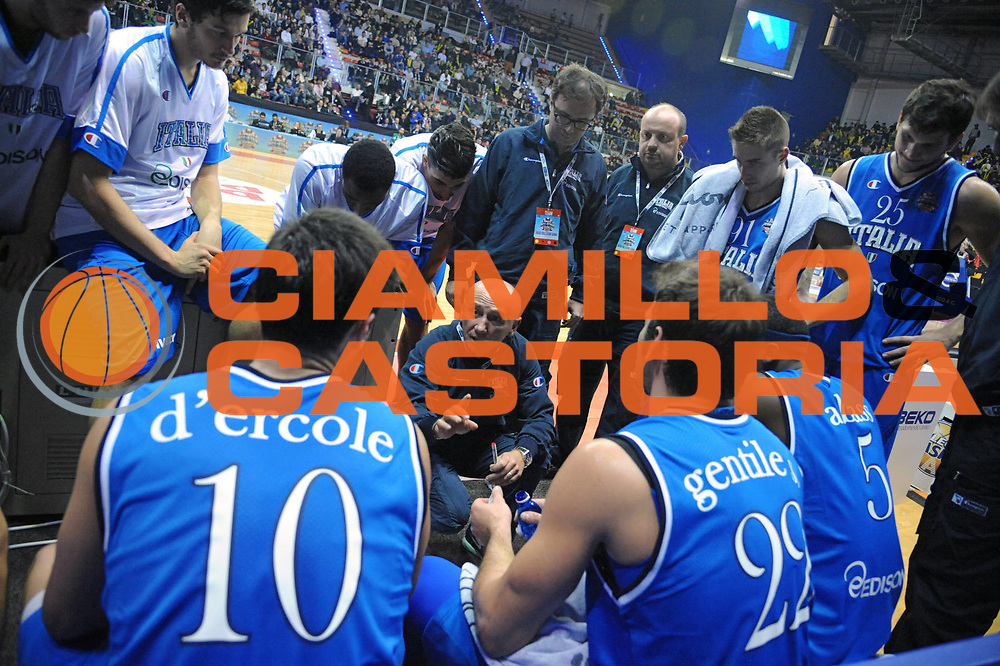 DESCRIZIONE : Biella Beko All Star Game 2012-13<br /> GIOCATORE : Timeout<br /> CATEGORIA : Timeout<br /> SQUADRA : Italia Nazionale Maschile<br /> EVENTO : All Star Game 2012-13<br /> GARA : Italia All Star Team<br /> DATA : 16/12/2012 <br /> SPORT : Pallacanestro<br /> AUTORE : Agenzia Ciamillo-Castoria/S.Ceretti<br /> Galleria : FIP Nazionali 2012<br /> Fotonotizia : Biella Beko All Star Game 2012-13<br /> Predefinita :