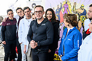 Kick-off De Hollandse 100 2020 op de Jaap Edenbaan voor de zesde editie van De Hollandse 100, die dit jaar op 15 maart in Thialf wordt gehouden. Het evenement heeft als doel de financiering van wetenschappelijk onderzoek naar de aard en behandeling van lymfklierkanker te steunen. <br /> <br /> Op de foto:  Prins Bernhard en Prinses Margriet   met ambassadeurs Monique des Bouvrie, Fien Vermeulen en Marichelle de Jong
