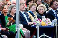 05-05-2014 Amsterdam Queen Maxima and King Willem-Alexander and Princess Beatrix at the liberation concert at the Amstel in Amsterdam. AMSTERDAM - Prinses Beatrix, koning Willem-Alexander en koningin Maxima wonen het 5 mei-concert bij als afsluiting van de Nationale Viering van de Bevrijding .COPYRIGHT ROBIN UTRECHT