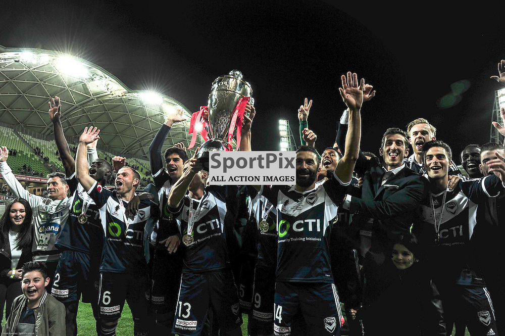 Victory celebrate after their 2:0 win over Perth in the Westfield FFA Cup Final, 7th November 2015, Melbourne Victory FC v Perth Glory FC - © Mark Avellino | SportPix.org.uk