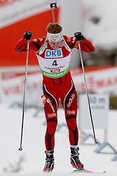 10.12.2011, Biathlonzentrum, Hochfilzen, AUT, E.ON IBU Weltcup, 2. Biathlon, Hochfilzen, Verfolgung Herren, im Bild Schlusssprint des siegers Svendsen Emil Hegle (NOR) // during E.ON IBU World Cup 2th Biathlon, Hochfilzen, Austria on 2011/12/10. EXPA Pictures © 2011. EXPA Pictures © 2011, PhotoCredit: EXPA/ nph/ Straubmeier..***** ATTENTION - OUT OF GER, CRO *****