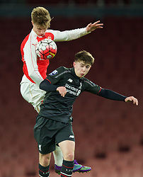 LONDON, ENGLAND - Friday, March 4, 2016: Arsenal's Ben Sheaf (L) in action against Liverpool's Ben Woodburn (R) during the FA Youth Cup 6th Round match at the Emirates Stadium. (Pic by Paul Marriott/Propaganda)