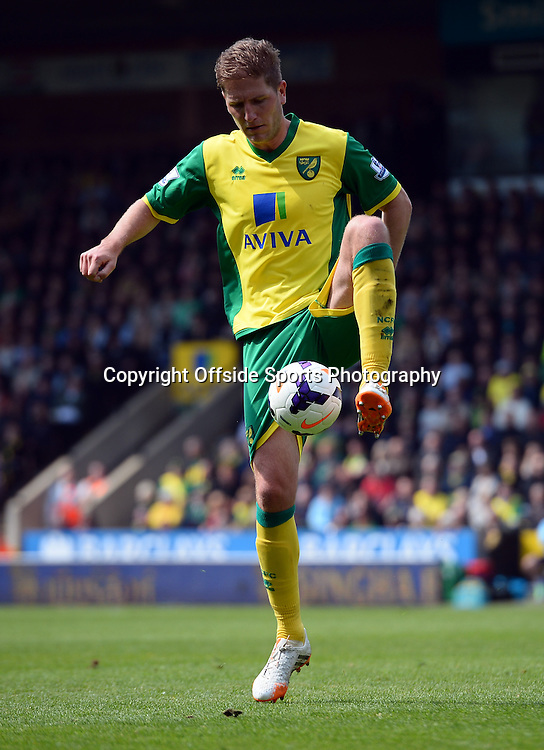 20 April 2014 - Barclays Premier League - Norwich City v Liverpool - Michael Turner of Norwich City - Photo: Marc Atkins / Offside.