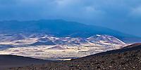 CONOS VOLCANICOS DEL VOLCAN PAYUN MATRU (3.680 m.s.n.m.), RESERVA PROVINCIAL LA PAYUNIA (PAYUN, PAYEN), MALARGUE, PROVINCIA DE MENDOZA, ARGENTINA (PHOTO © MARCO GUOLI - ALL RIGHTS RESERVED)