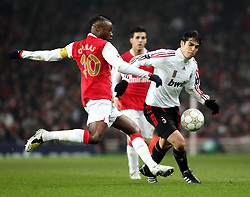 LONDON, ENGLAND - Wednesday, February 20, 2008 : Arsenal's William Gallas in action against AC Milan's Kaka during the UEFA Champions 1st Knockout Round, 1st Leg match at The Emirates Stadium. (Photo by Chris Ratcliffe/Propaganda)