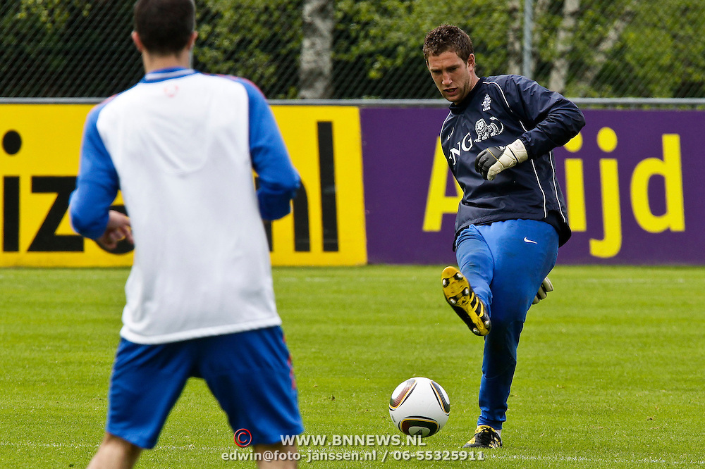 AUS/Seefeld/20100530 - Training NL Elftal WK 2010, keeper Maarten Stekelenburg