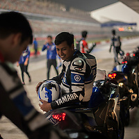 motoristas en el Buddh International Circuit de Dehli(c) Vicens Gimenez